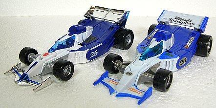 ちょっとサイバーなフォーミュラっぽいレーシングカー