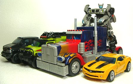 「オートボット、あちまれ~~!!」